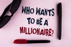 Textotez l'apparence de signe qui veut être une question de millionnaire La photo conceptuelle gagnent plus d'argent appliquant l Images stock