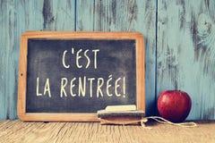 Textotez le rentree de La cest, de nouveau à l'école en français, écrit sur un cha Photographie stock