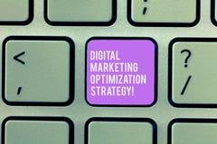 Texttecken som visar Digital som marknadsför Optimizationstrategi Socialt massmedia för begreppsmässigt foto som annonserar den S arkivfoto