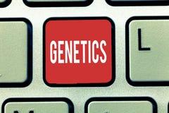 Texttecken som visar genetik Begreppsmässig fotostudie av ärftligheten och variationen av övertagna kännetecken royaltyfria bilder