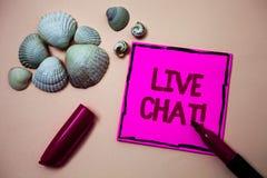 Texttecken som visar Live Chat Motivational Call Meddelar realtidsmassmediakonversation för det begreppsmässiga fotoet direktansl Royaltyfri Fotografi