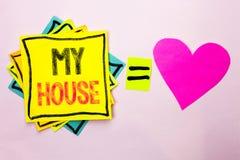 Texttecken som visar mitt hus Gods för hushåll för familj för egenskap för begreppsmässigt fotohushem som bostads- nytt är skrift royaltyfri foto