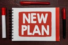 Texttecken som visar nytt plan Begreppsmässig fotostart av ett detaljerat förslag av att göra eller att uppnå något viktig idéhig royaltyfri bild