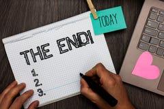 Texttecken som visar slutet Motivational appell Begreppsmässig fotoavslutning av tid för något avsluta av livtidsbeställningen da arkivfoto