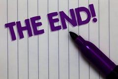 Texttecken som visar slutet Motivational appell Begreppsmässig fotoavslutning av tid för något avsluta av penna för livNotepadmar royaltyfri fotografi