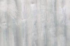 Textur av arkmetallen med vit målarfärg Arkivfoto