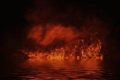 Textur av brand med reflexion i vatten Flammor på isolerad svart bakgrund Textur för banret, reklamblad, kort royaltyfri foto
