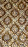 Textur av den guld- modellen av traditionell thailändsk konst Arkivfoton