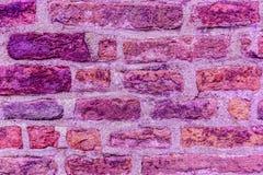 Textur av den ultravioletta fasta bakgrundsabstraktionen för gammal tegelsten Royaltyfri Bild