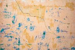 Textur av en gammal vägg av en forntida byggnad med ett förstört murbruklager Fotografering för Bildbyråer
