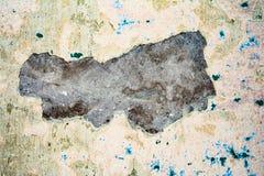 Textur av en gammal vägg av en forntida byggnad med ett förstört murbruklager Royaltyfria Bilder
