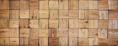 Textur av fyrkantiga träbräden, med enframkallad textur Arkivbilder