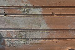 Textur av gammal riden ut tegelsten i hårt direkt solljus royaltyfri fotografi