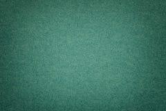 Textur av gammalt mörker - dokument med olika förslagbakgrund, closeup Struktur av tät smaragdpapp arkivbilder