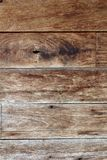 Textur av gammalt väggträ gnarl brun färg Fotografering för Bildbyråer