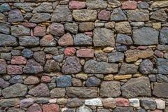Textur av gammalt vaggar väggen för bakgrund, medeltida stenvägg Royaltyfri Bild