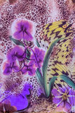 Textur av gjorde randig leoparden och blomman för tryck den tyg Arkivbild