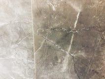 Textur av granitbakgrund Vit grund för granittextur med bruna Gray Spots Fotografering för Bildbyråer