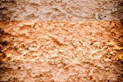 Textur av murbruk på väggen, sprucken bakgrund, stenyttersida Royaltyfri Foto