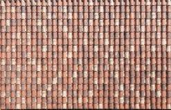 Textur av röda taktegelplattor Royaltyfria Bilder