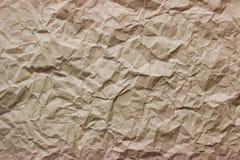 Textur av skrynkligt brunt Kraft papper arkivbilder