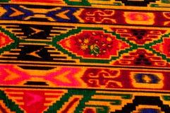 Textur bakgrund, modell Uzbekiska motiv för torkduk Indiskt tyg arkivbilder