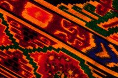 Textur bakgrund, modell Uzbekiska motiv för torkduk Indiskt tyg arkivfoton