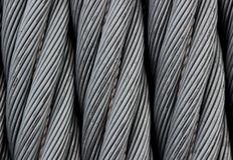 Textur för ståltråd - tung metalltrådkabel som bakgrundsslut upp Arkivfoton
