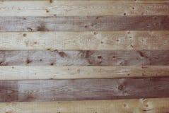Textura áspera nudosa marrón de madera de los tablones Fotografía de archivo