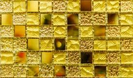 Textura amarilla del fondo de la teja Foto de archivo libre de regalías