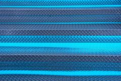 Textura azul cinzenta do metal das etapas da escada com luminoso Fotos de Stock Royalty Free