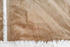 Textura beige del ante con la piel suave artificial fondo de las gamuzas del primer Imágenes de archivo libres de regalías