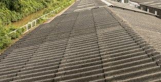 Textura cinzenta do telhado do asbesto Fotografia de Stock