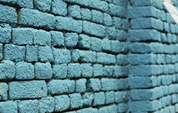 Textura coloreada azul del fondo de la pared de ladrillo Fotografía de archivo
