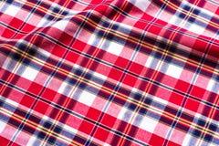 Textura a cuadros roja del fondo de la tela Fotografía de archivo libre de regalías
