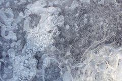 Textura da água congelada com bolhas Fotografia de Stock