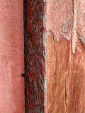 Textura da madeira velha pintada com pintura velha imagens de stock