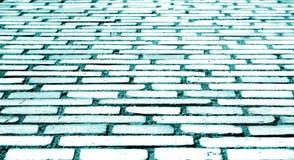 Textura da parede de tijolo com efeito do borrão no tom ciano fotografia de stock royalty free