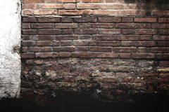 Textura da parede de tijolo vermelho de Grunge Fotos de Stock