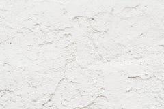 A textura da parede velha é branca, lá é fraturas da camada protetora branca de emplastro imagem de stock royalty free