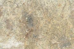 A textura da superfície da parede velha da construção, lá é fraturas, quebras, divórcios da cor e depósitos de sal fotografia de stock royalty free