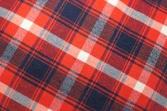 Textura da toalha de mesa, do teste padrão do guingão em vermelho, do branco e dos azuis marinhos, teste padrão verificado fotografia de stock royalty free