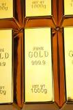 Textura das barras de ouro fotografia de stock royalty free