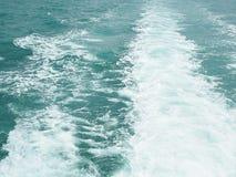 Textura das ondas de água do oceano Fotos de Stock