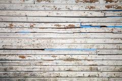 Textura das placas de madeira resistidas brancas do forro Imagem de Stock