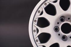 Textura de aluminio del borde de la rueda del metal Aleación del coche, aislada en g fotos de archivo libres de regalías