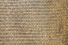 Textura de bambu velha da cesta de Weave Fotos de Stock Royalty Free