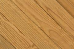 Textura de barras de madeira diagonais de Brown para o fundo fotos de stock royalty free