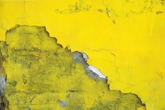 Textura de la pared pintada en amarillo ácido foto de archivo
