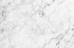 Textura de mármore branca com os lotes do contraste corajoso que veiam Foto de Stock Royalty Free